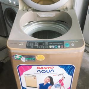 Máy giặt Sanyo thùng nghiêng 7,8kg lòng inox không rỉ mới 85% giá rẻ tại Sài Gòn