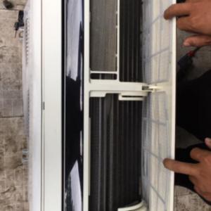 Máy lạnh cũ LG (1hp) inverter tiết kiệm điện mới 90% giá rẻ tại Sài Gòn