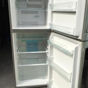 Tủ lạnh Toshiba (188 lít) không đóng tuyết mới 80%